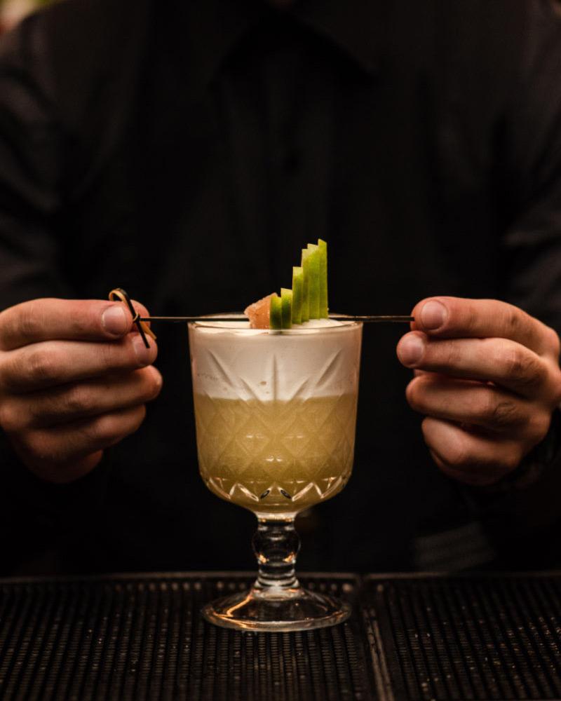 Divani Caravel Hotel - JuJu Bar & Restaurant - Divine Cocktails