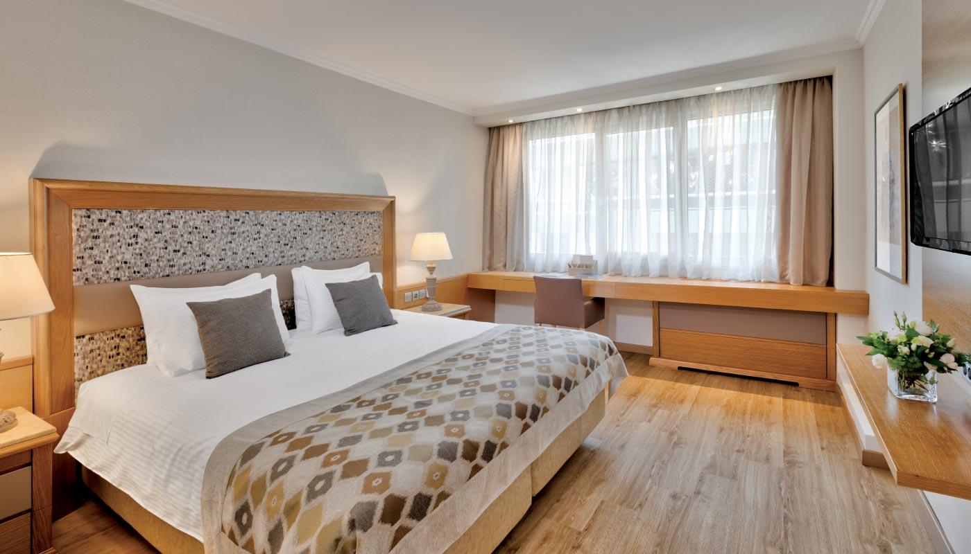 Divani Caravel Hotel - Superior Room