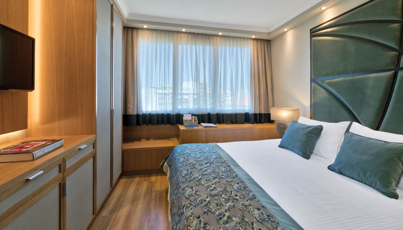 Divani Caravel Hotel - Divine Family Suite - Bedroom