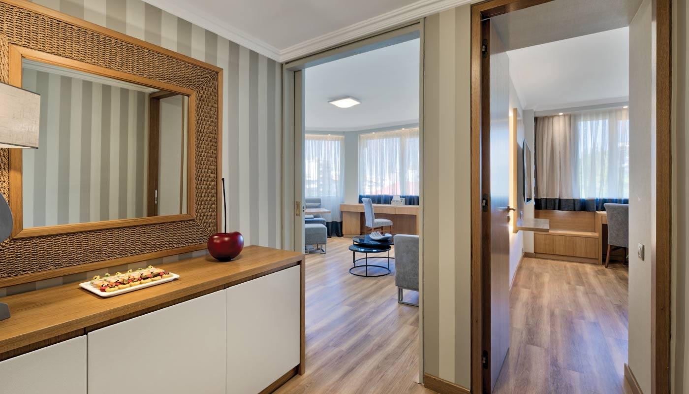 Divani Caravel Hotel - Divine Suite