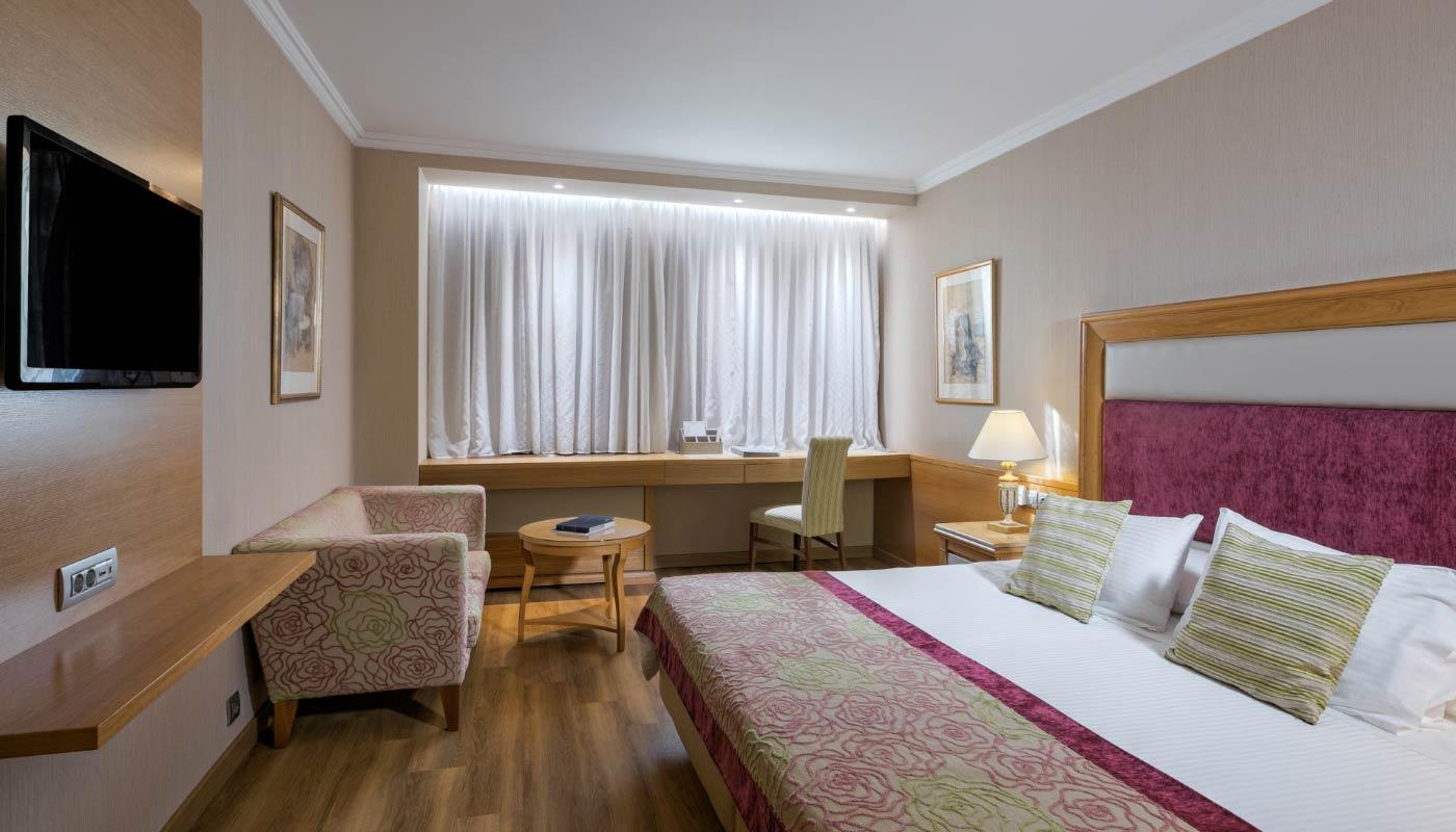 Divani Caravel Hotel - Standard Room - Bedroom