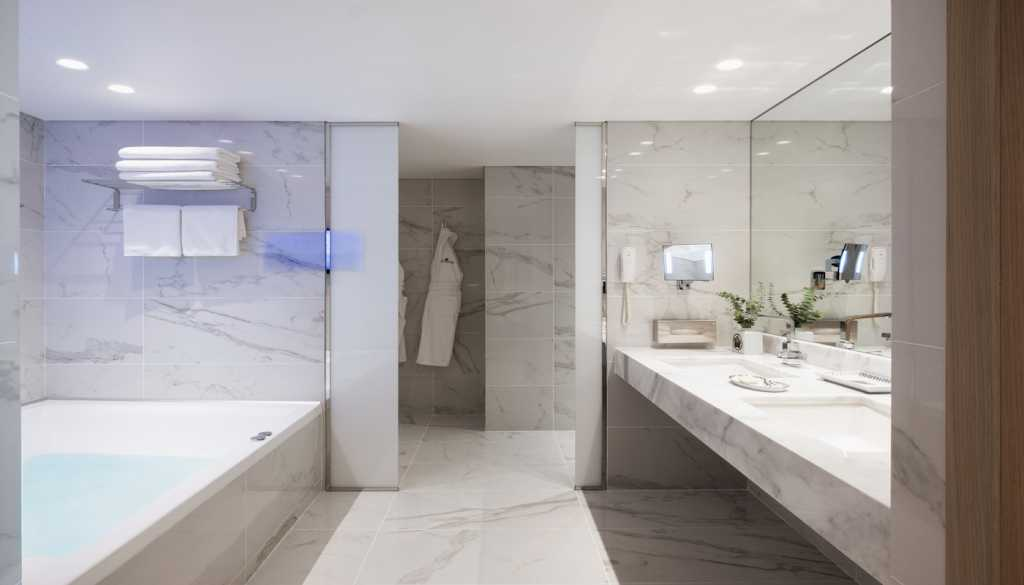 Divani Caravel Hotel - Divine Acropolis View Suite - Bathroom